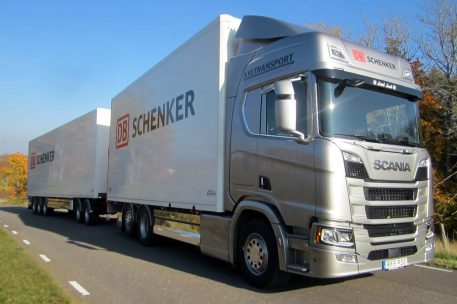 Nyleverans Scania Kyltransport AB - Toveks Lastbilar