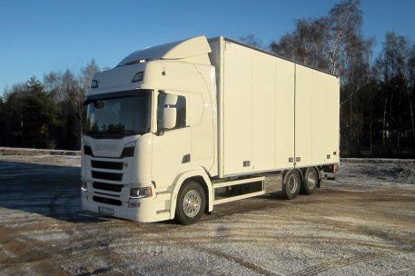Nyleverans Ekenäs Bud AB av Toveks Lastbilar