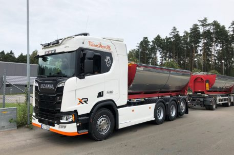 Tidans Åkeri har investerat i en Scania R520 från Toveks Lastbilar