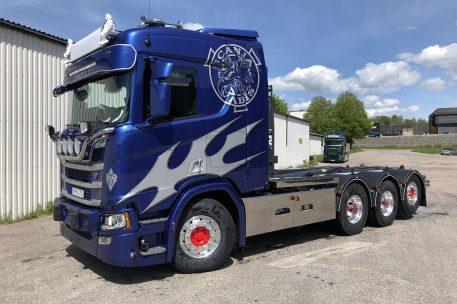 Scania R520 B8x4*4NB