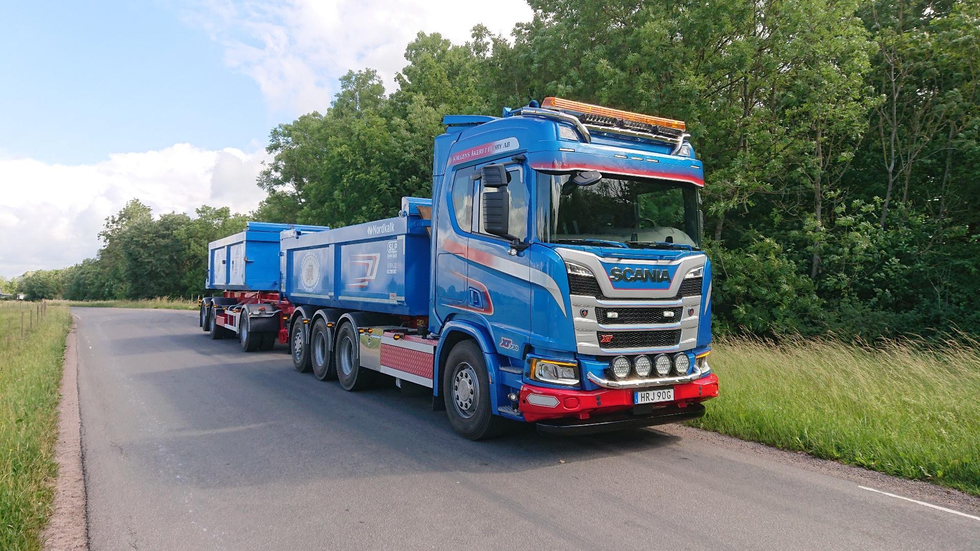 Scania R 730 B8x4*4NB