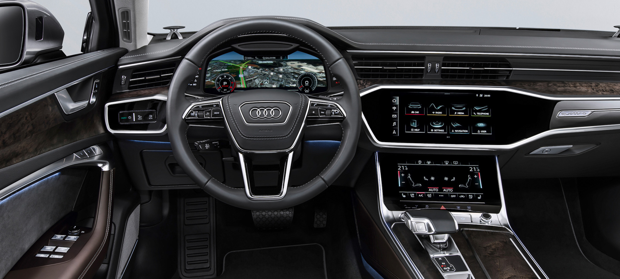Audi A6 Sedan bakom ratten