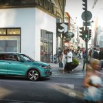 Volkswagen T-Cross stadsmiljö, turkos
